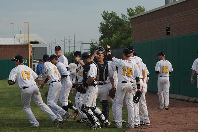 MCL Race Remains Hot as Oilmen Host DuPage County