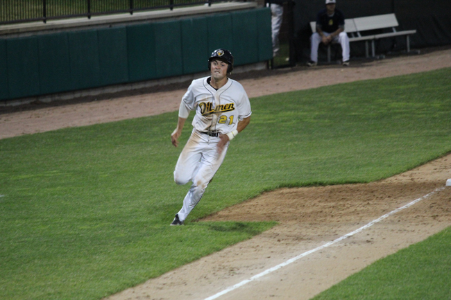 Game Notes: Oilmen attempt to upstage first-place Admirals on Sunday
