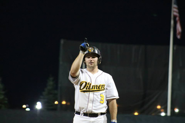 Oilmen come from behind to extend season, force Game 3